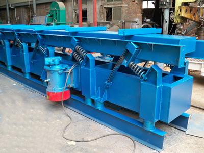 SCG500-24耐高温水平振动输送机